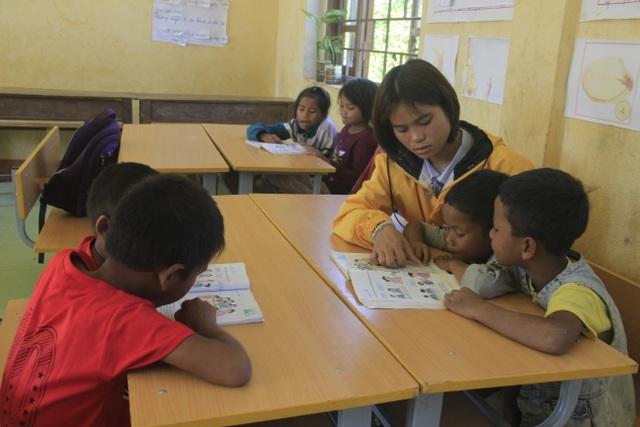 Bộ đội Biên phòng nuôi dưỡng, còn cho các cháu đến trường học chữ - 4