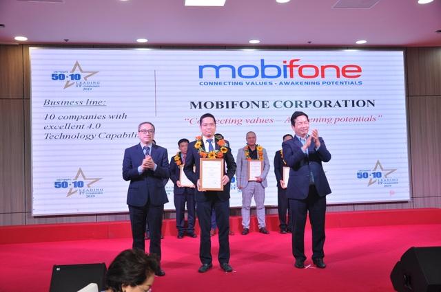 MobiFone nhận cú đúp danh hiệu doanh nghiệp CNTT hàng đầu Việt Nam 2019 - 1