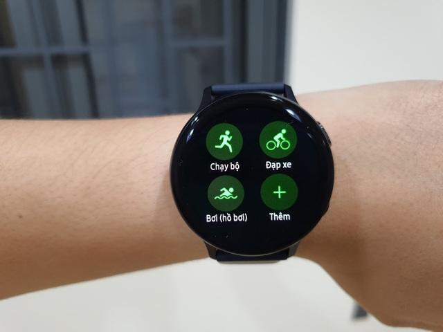 Đánh giá Samsung Galaxy Watch Active 2 - 4