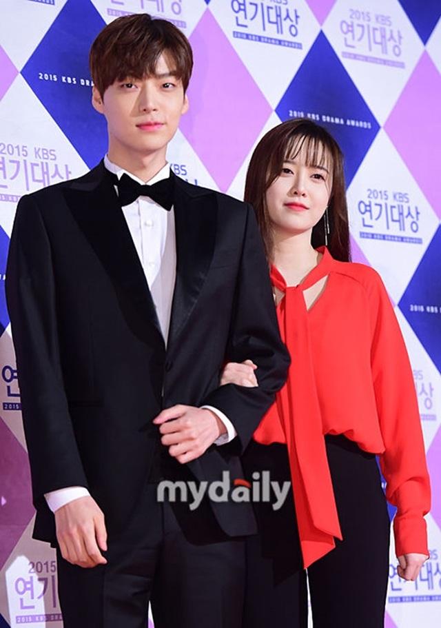 Giữa bão ly hôn, Goo Hye Sun: Tôi không còn yêu Ahn Jae Hyun - 2