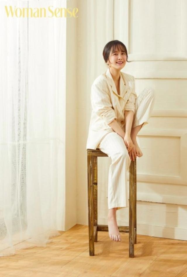 Giữa bão ly hôn, Goo Hye Sun: Tôi không còn yêu Ahn Jae Hyun - 4