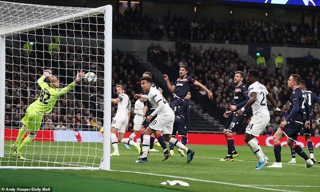Bayern Munich và Tottenham cùng hưởng niềm vui chiến thắng - 4