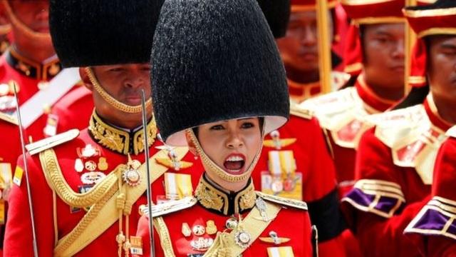 Hoàng quý phi Thái Lan sẽ ra sao sau khi bị thất sủng - 2