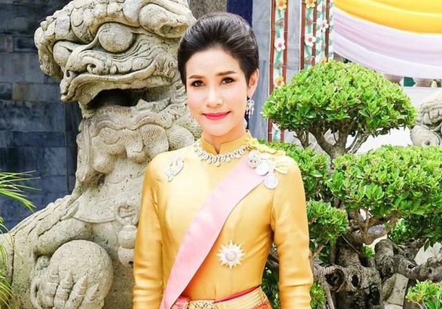 Hoàng quý phi Thái Lan sẽ ra sao sau khi bị thất sủng - 3