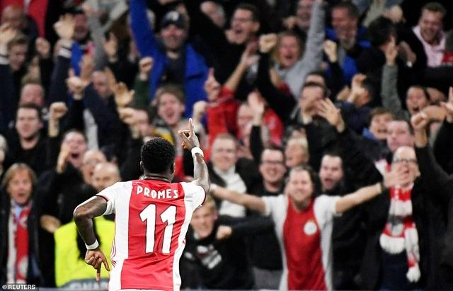 """""""Kép phụ"""" Batshuayi tỏa sáng đưa Chelsea vượt qua Ajax - 5"""
