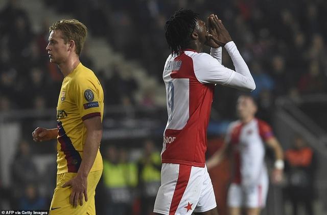 Messi ghi bàn, Barcelona hạ Slavia Praha và vươn lên ngôi đầu bảng - 8