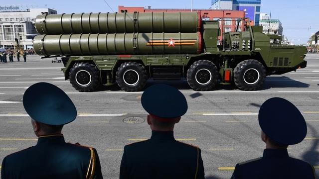 """Nga lần đầu đưa """"rồng lửa"""" S-400 ra nước ngoài tập trận - 1"""
