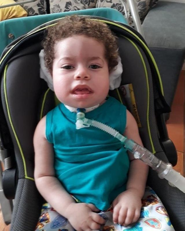 Bé 2 tuổi qua đời vì bố nướng hết 6,5 tỷ tiền quyên góp chữa bệnh cho con vào ma tuý, rượu và gái mại dâm - 2