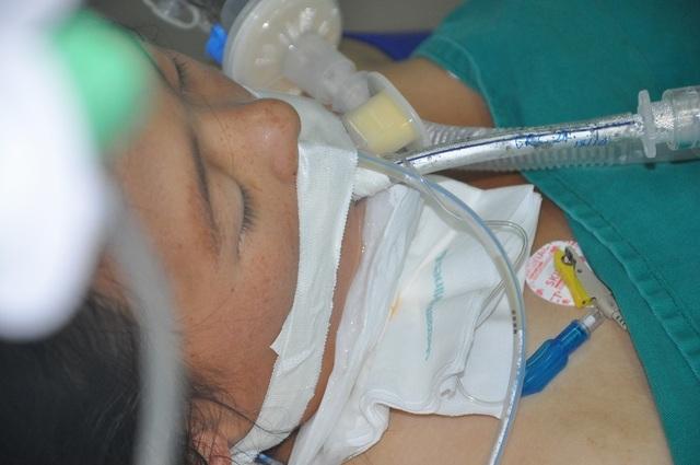 Sản phụ nguy kịch từ Mù Cang Chải về Hà Nội nhập viện có 500 nghìn đồng - 2