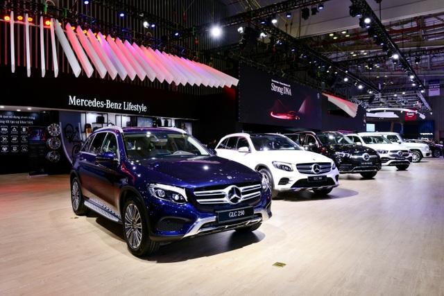 Mercedes-Benz Việt Nam giới thiệu hai xe mới tại Triển lãm Ô tô Việt Nam 2019 - 2