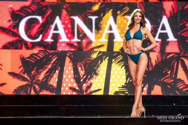 Ngắm dàn thí sinh Hoa hậu hoà bình quốc tế 2019 bốc lửa với áo tắm - 13