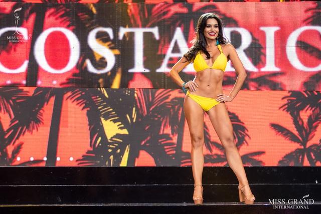 Ngắm dàn thí sinh Hoa hậu hoà bình quốc tế 2019 bốc lửa với áo tắm - 10