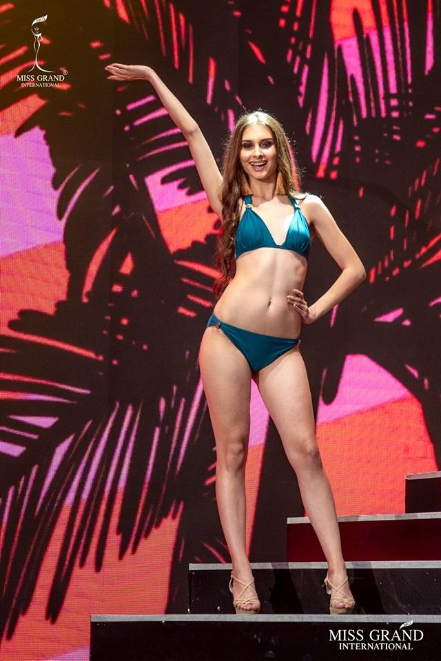 Ngắm dàn thí sinh Hoa hậu hoà bình quốc tế 2019 bốc lửa với áo tắm - 50
