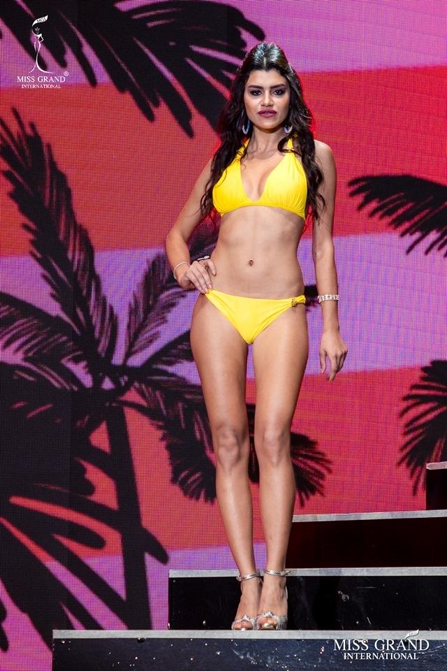 Ngắm dàn thí sinh Hoa hậu hoà bình quốc tế 2019 bốc lửa với áo tắm - 28