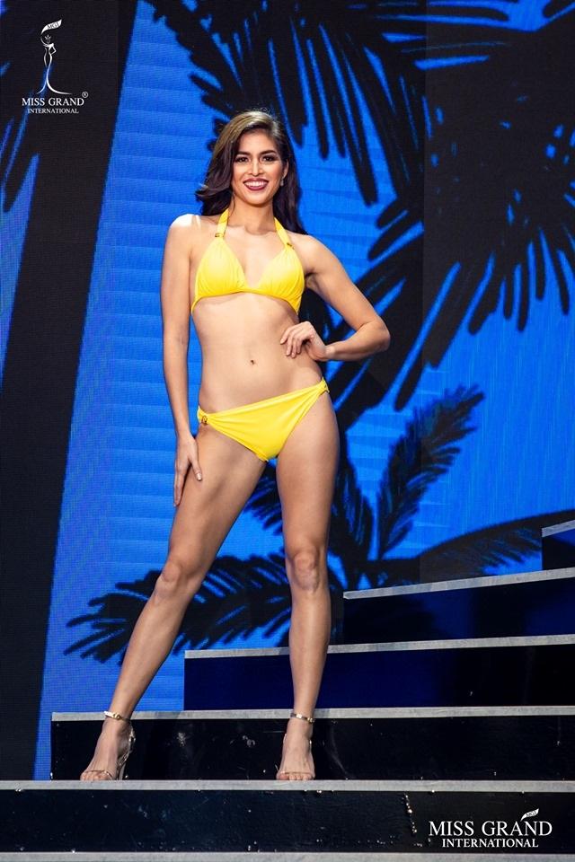 Ngắm dàn thí sinh Hoa hậu hoà bình quốc tế 2019 bốc lửa với áo tắm - 40