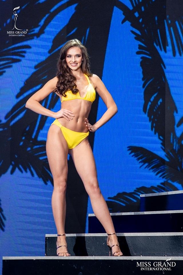 Ngắm dàn thí sinh Hoa hậu hoà bình quốc tế 2019 bốc lửa với áo tắm - 41