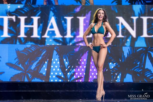 Ngắm dàn thí sinh Hoa hậu hoà bình quốc tế 2019 bốc lửa với áo tắm - 11