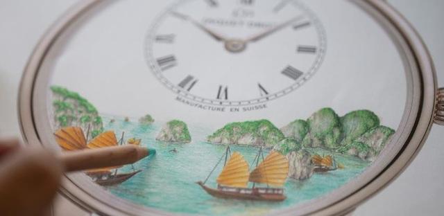 Hình ảnh Vịnh Hạ Long xuất hiện trên mặt đồng hồ độc bản Thuỵ Sỹ - 4