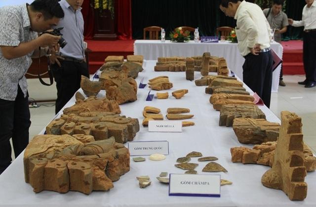Khai quật phế tích tháp Xuân Mỹ thu 525 hiện vật thế kỷ XI-XII - 1