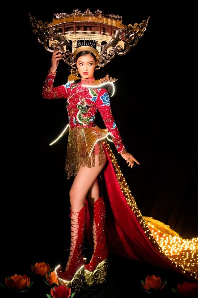 Việt Nam lọt top 20 bộ trang phục dân tộc đẹp nhất Hoa hậu hoà bình quốc tế 2019 - 3