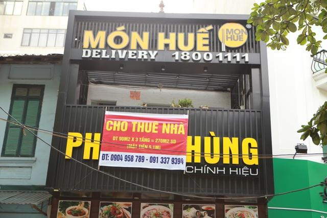 Hà Nội: Khung cảnh hoang tàn ở chuỗi cửa hàng Món Huế - 4