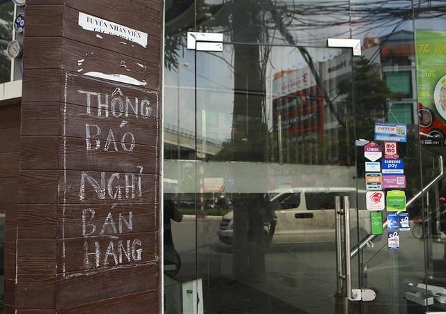 Hà Nội: Khung cảnh hoang tàn ở chuỗi cửa hàng Món Huế - 8