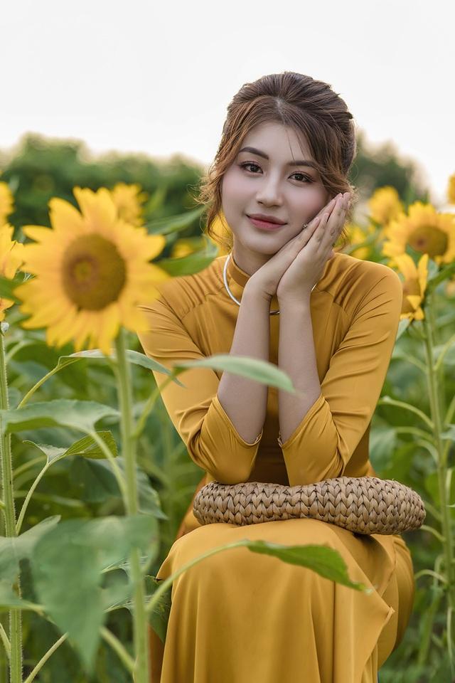 Mùa thu về dịu dàng trên cánh đồng hoa hướng dương Hà Nội - 2