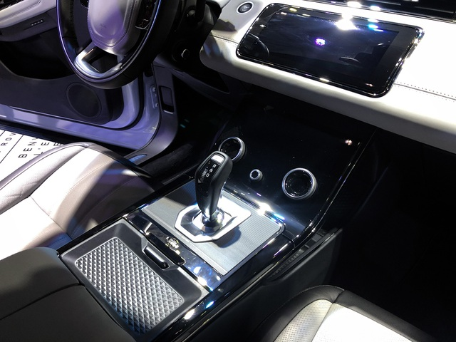 Land Rover có nhà phân phối mới, chính thức giới thiệu Evoque thế hệ thứ 2 - 7
