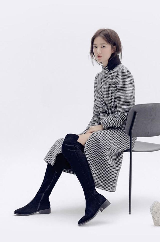 """Song Hye Kyo trang điểm trong veo hút hồn cư dân mạng sau lùm xùm """"nói không giữ lời"""" - 8"""