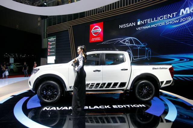 Nissan Việt Nam trở lại cùng Navara Black Edition A-IVI - 4