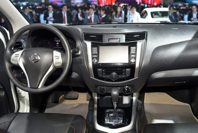 Nissan Việt Nam trở lại cùng Navara Black Edition A-IVI - 6