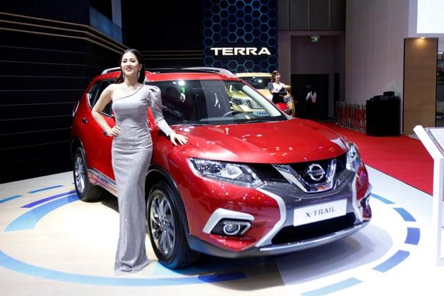 Nissan Việt Nam trở lại cùng Navara Black Edition A-IVI - 9