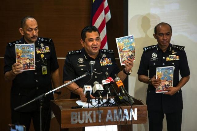 Malaysia cấm truyện gây tranh cãi có nội dung liên quan tới Trung Quốc - 1
