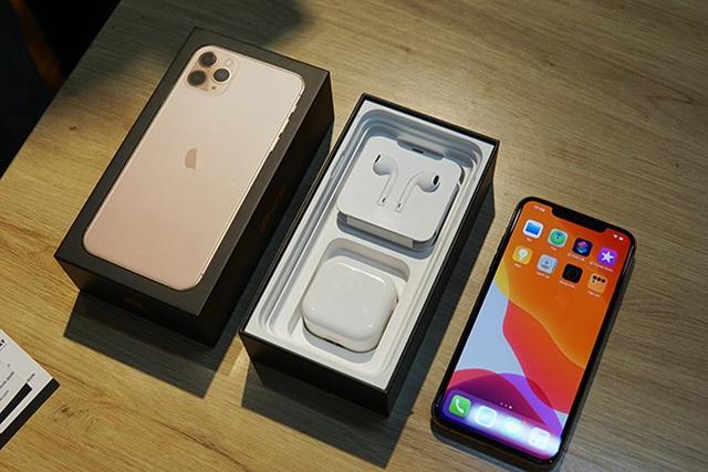 iPhone xách tay chững lại, dù giá thấp hơn nhiều so với hàng chính hãng - 1