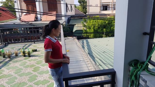 Kinh hoàng bé trai bị phóng điện phải tháo bỏ cả 2 tay tại Nghệ An! - 4
