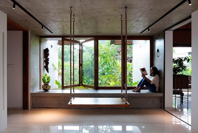 Nhà gỗ nhìn ngoài đơn giản nhưng bên trong lại ấm cúng - 6