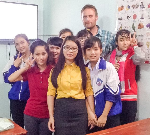 Cô gái vùng núi với ước mơ hàng triệu trẻ em Việt đều được học tiếng Anh - 3