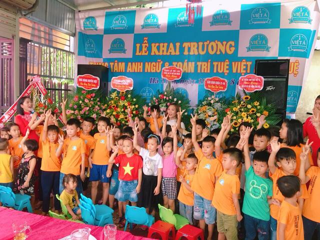Cô gái vùng núi với ước mơ hàng triệu trẻ em Việt đều được học tiếng Anh - 4