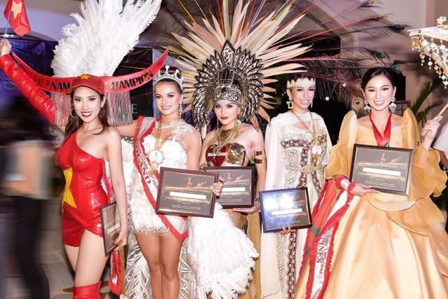 Niềm tự hào bóng đá giúp mỹ nhân Việt lọt Top tại Hoa hậu Du lịch Thế giới - 7