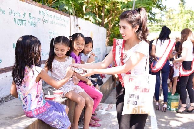 Niềm tự hào bóng đá giúp mỹ nhân Việt lọt Top tại Hoa hậu Du lịch Thế giới - 14
