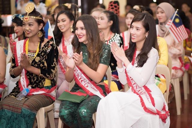 Niềm tự hào bóng đá giúp mỹ nhân Việt lọt Top tại Hoa hậu Du lịch Thế giới - 12