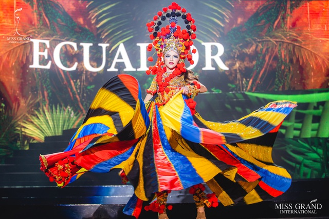 Trước chung kết Hoa hậu hoà bình quốc tế 2019, Kiều Loan dẫn đầu top thí sinh được yêu thích nhất - 7