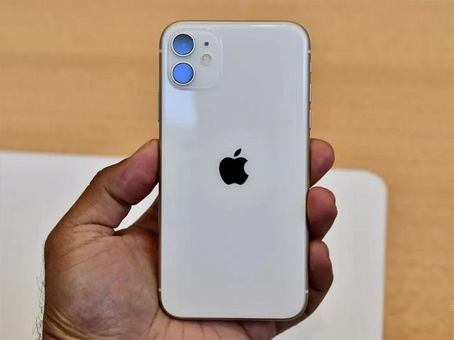 iPhone xách tay chững lại, dù giá thấp hơn nhiều so với hàng chính hãng - 2