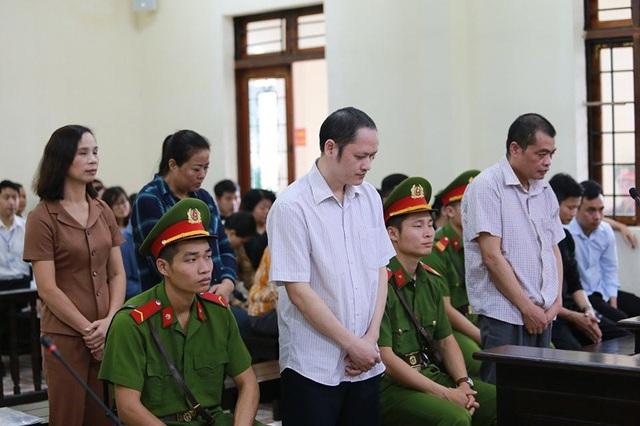Xử vụ gian lận điểm thi ở Hà Giang: Bị cáo khởi xướng nâng điểm lĩnh 8 năm tù - 2