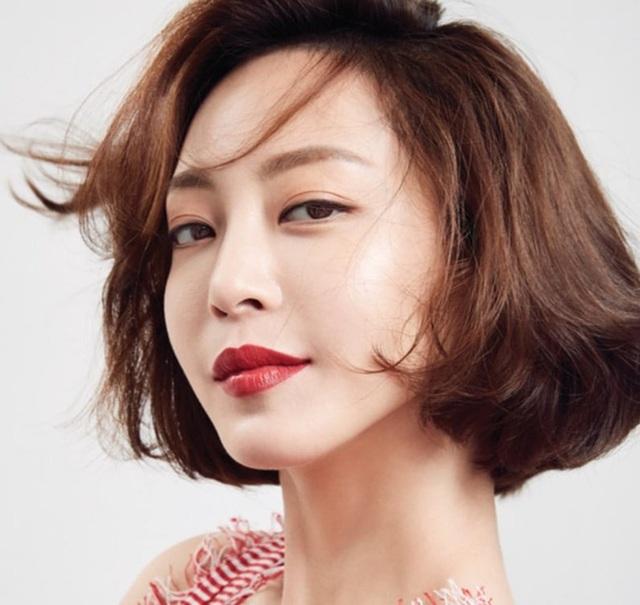 Sắc vóc gợi cảm và hấp dẫn của mỹ nhân lai U40 xứ Hàn - 5