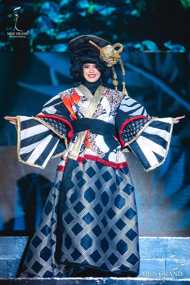 Trước chung kết Hoa hậu hoà bình quốc tế 2019, Kiều Loan dẫn đầu top thí sinh được yêu thích nhất - 5