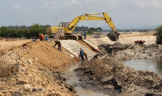 La liệt sai phạm tại Dự án kè chống xói lở đầm Cù Mông tại Phú Yên - 1