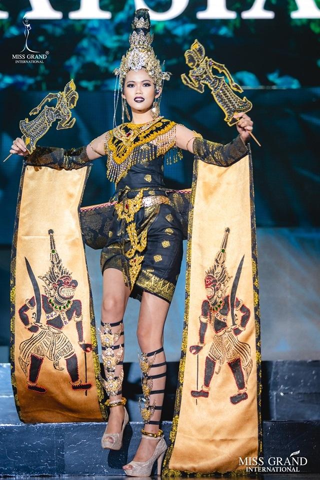 Trước chung kết Hoa hậu hoà bình quốc tế 2019, Kiều Loan dẫn đầu top thí sinh được yêu thích nhất - 9