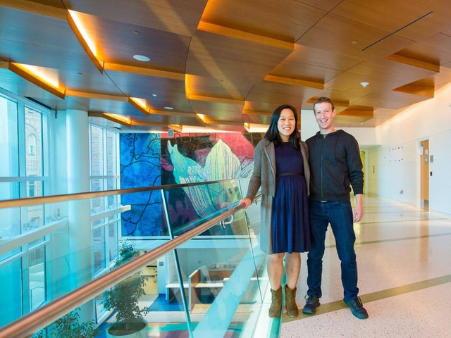 Những điều thú vị về mối tình đẹp giữa Mark Zuckerberg và vợ - 16