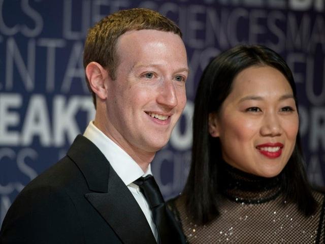 Những điều thú vị về mối tình đẹp giữa Mark Zuckerberg và vợ - 9